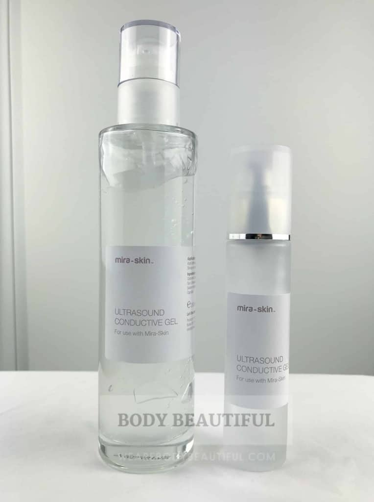 Photo of the large 200ml and small 50ml bottle of gel