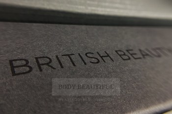 Smoothskin Bare+ packaging is made of recyclable cardboard