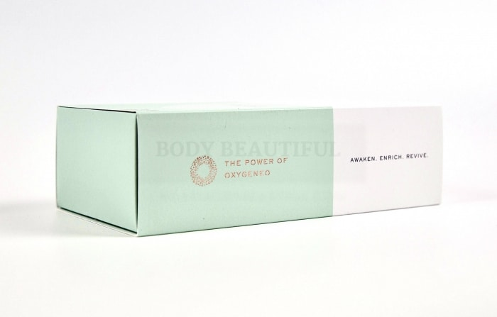 Small cardboard packaging for the monthly oxygen facial consumables