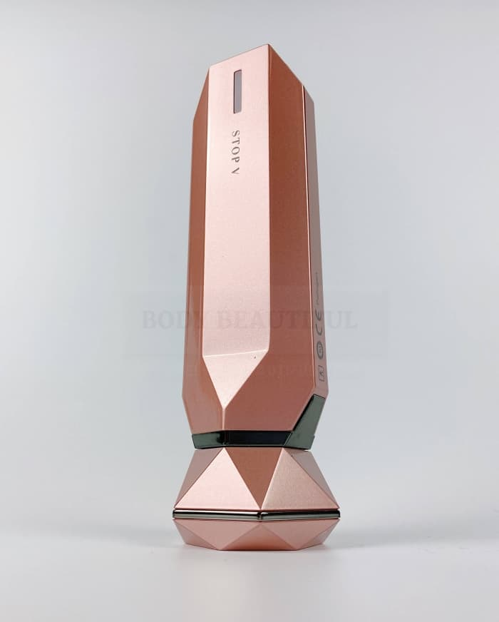 Tripollar V RF & DMA device in Rose gold looks sexy. Oh yes.